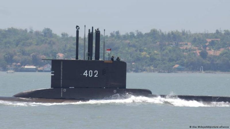 Indonesia searching for missing submarine with dozens of people on board