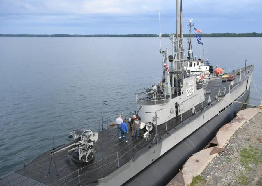 Repaired WWII submarine U.S.S. Cod to return to Cleveland